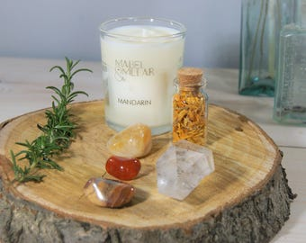 Scented Candle Gift Set. Natural Wax Candle. Energy and Happiness. Relaxing Candle. Quartz. Crystals.