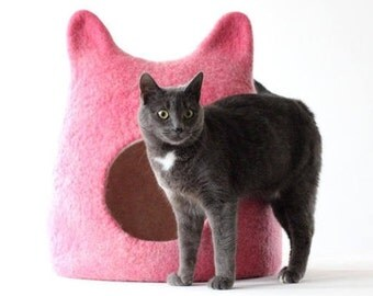 Pink cat bed - wool cat save - cat house - bright cat bed - made to order - unique gift