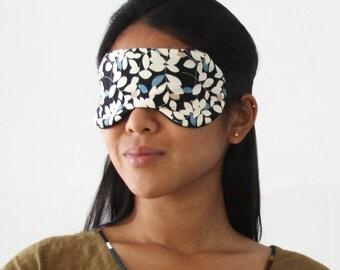 Night mask for naps (sleep, bed, eyes, aspleep, travel, train, car)