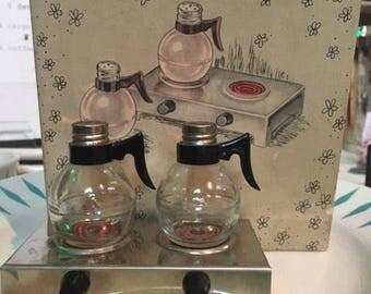 Vintage Coffee Pot S/P Shakers