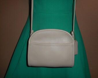 "VINTAGE COACH 6.5"" X 6"" Ivory Crossbody Shoulder Bag w/Hang tag #A8C-9017 USA"