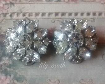 Vintage Clip On Rhinestone Earrings, super sparkly!