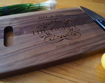 Personalized Cutting Board with handle, Engraved cutting board, housewarming gifts, wedding gift, Customized cutting board, Christmas gift