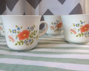 4 Vintage 1970's Corelle Corning Ware Wildflower pattern cups