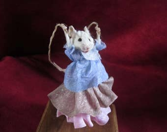 Player rat rope taxidermy taxidermy anthropomorphic curiosity oditties