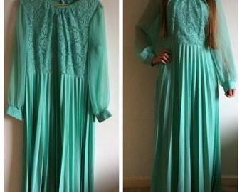 Vintage 70s turquoise long lace dress - M