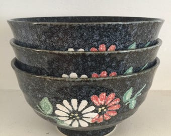Black Ceramic Bowls; Floral Pattern; Black Ceramic; Vintage Kitchenware; Ceramic Salad Bowls; White and Red Flowers