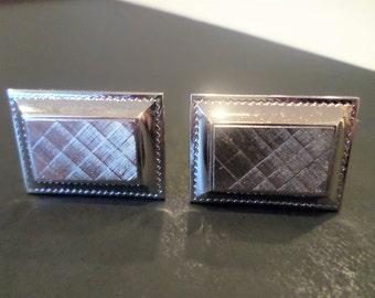 Silver Tone Detailed Art Deco Style Cufflinks.