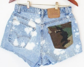 W31 Bleached Distressed levis cut off shorts Waist 31  No4  bohemian Army pocket