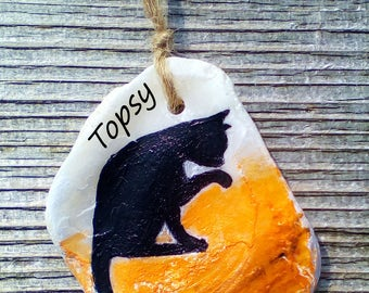 Cat Washing - Personalised - Hand Painted Seashell