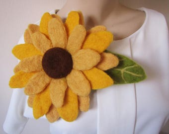 Felted Sunflower brooch, felted flower corsage pin brooch, felted flower brooch Sunflower, summer felted brooch Sunflower, felt flower pin