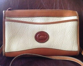 FREE SHIPPING//Vintage Dooney and Bourke//Crossbody//Double Exterior Pocket//All Weather Pebbled Leather//Bone with Burnt Cedar Trim//Pretty