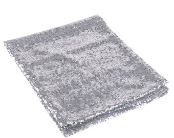 10 Silver sequin table runners
