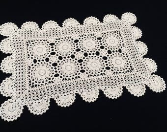 Crocheted Doily. Vintage Oblong Crochet Lace Doily/Placemat. Crocheted Ivory/Cream Cotton Lace Doily. Crochet Lace Placemat. RBT1686