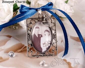 Wedding Bouquet charm, Custom Bouquet charm, Pocket Charm, Double photo charm,Memorial charm, Bouquet Brooch, Bridal Bouquet photo charm.