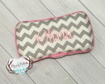 Personalized Baby Wipe Case, Custom Wipe Case, Travel Baby Wipe Case, Gray Chevron with Pink Trim Wipe Case, Diaper Wipe Case, Baby Gift