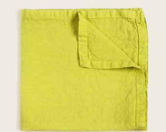 Pure Linen GARMENT DYED napkin // 45 x 45 cm // Pantone Spring Sulphur shade . Best quality european linen . Casual look . Froissé fabric