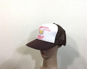 90's schooner restaurant mesh snapback cap brown color