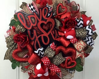 ON SALE!!! 15% OFF! Deco mesh Valentine's Wreath, Cheetah Valetine's Wreath, Valentine's Wreath, Valentine's Wreath with Roses, Heart