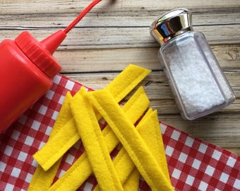 felt french fries, play food french fries, felt food french fries, pretend french fries, play kitchen food, french fry toy