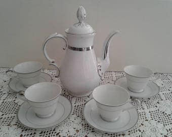 Japanese Coffee Pot & Cups, for coffee or tea party!