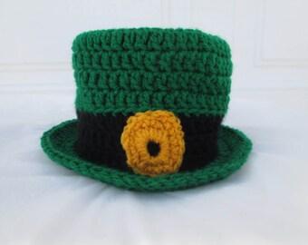 Leprechaun toilet paper cover, bathroom decor, St.Patrick's decorations, crochet and knit,