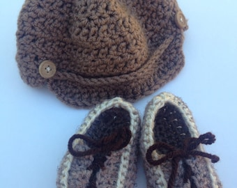Crochet Baby Newsboy Hat Cap Booties Set