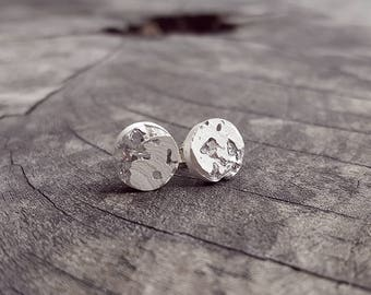 SILVER EDITION ear plug knows concrete silver leaf
