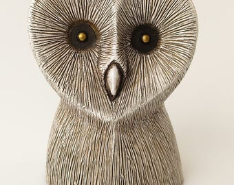 White Barn Owl Statue Hand Cast Resin Bird Owl Figurine