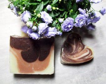 Savon Tonifiant au chocolat, karité et trois argiles