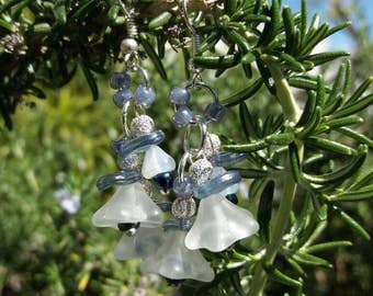 Bell flower frosted white and blue earrings.