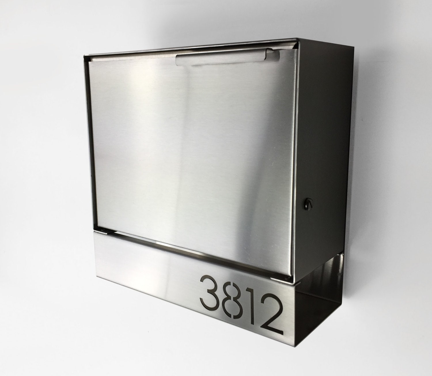 zoom - Wall Mount Mailboxes