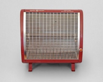 Red General Electric Compact Space Heater