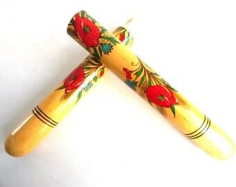 Needle Case. Vintage Floral needle case. Folk art souvenir. Sewing storage Needle Storage. #64CG1EDK10