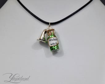 Handmade Wicked Witch potion necklace - harry potter, harry potter necklace, harry potter potion, harry potter jewellery, potter jewelery