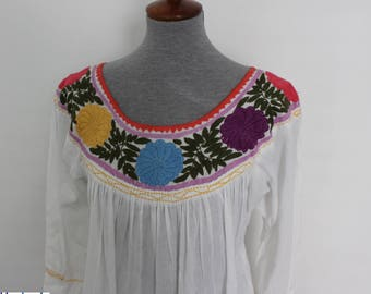Mexican Embroidered Blouse / Colorful Handwoven Blouse / Hand Embroidered Ethnic Blouse / Long Sleeve Blouse