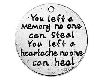 25 mm Antique Silver Charms - You left a memory - pack of 5 (1191)