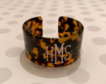 Tortoise shell cuff bracelet