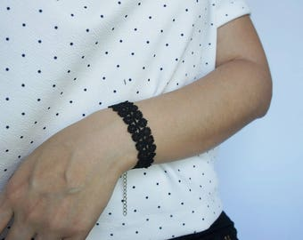 Women bracelet / Black Lace Bracelet / Lace Jewelry