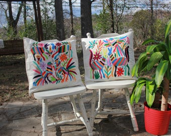 Otomi Accent Pillow cover