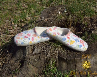 Womens Slippers, House Shoes, Felted Wool Slippers, House slippers, Felted slippers, Handmade slippers
