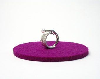wide silver ring with Pearl, open ring made of sterling silver, silver, silver ring with irregular surface and real pearls