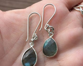 Labradorite Dangle Earrings / Sterling Silver Faceted Teardrop Labradorite Earrings