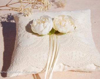 Silk Wedding ring pillow. Champagne flowers wedding ring pillow. Ivory silk ring pillow.lace ring pillow