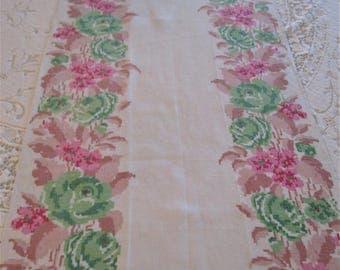 Table Runner Cottage Chic Vintage Linen with Stamped Flowers Leaves. Off White Linen Table Runner Flowered Edges, Retro Table Runner