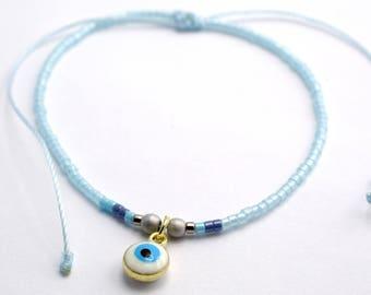Dainty seed bead friendship bracelet