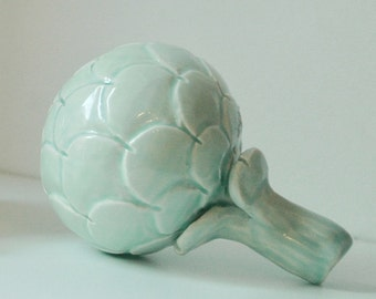 Green ceramic artichoke