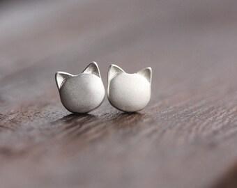 Valentine's SALE. Little Kitty Cat Sterling Silver Earring Studs