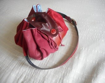 Bag shoulder strap leather Bordeaux, stock exchange(grant).