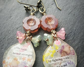 Fairytale earrings. The Secret Garden. Quote jewelery jewellwey. Flower earrings
